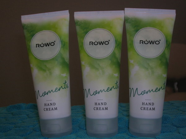 Röwo Moments  Handcreme met Sheaboter en Panthénol 75ml